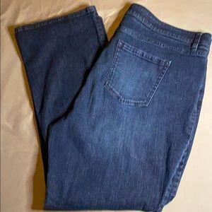 EUC-Liz Claiborne 20W Bootcut Jeans